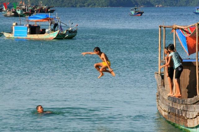 Biển Cô Tô - điểm đến hấp dẫn ẩn mình ở vùng Đông Bắc Tổ quốc ảnh 8