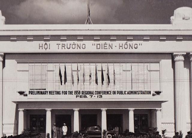 Địa lợi ở nơi mở cửa Thị trường chứng khoán Việt Nam ảnh 1