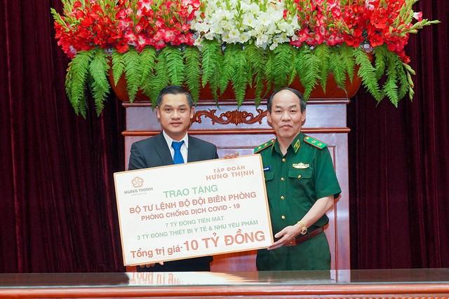 Tập đoàn Hưng Thịnh trao tặng 10 tỷ đồng cho Bộ Tư lệnh Bộ đội Biên phòng nhằm hỗ trợ hoạt động phòng, chống dịch Covid-19 ảnh 1