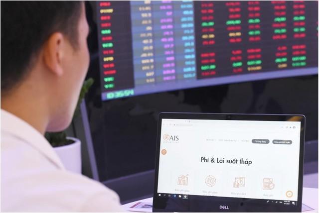 Nhiều nhà đầu tư mới mở tài khoản tại công ty có hệ thống giao dịch mượt khi HOSE tắc lệnh ảnh 1