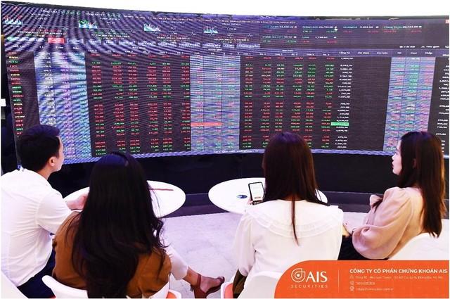 Thị trường giảm điểm mạnh, nhà đầu tư cần giữ cho mình một cái đầu lạnh ảnh 1