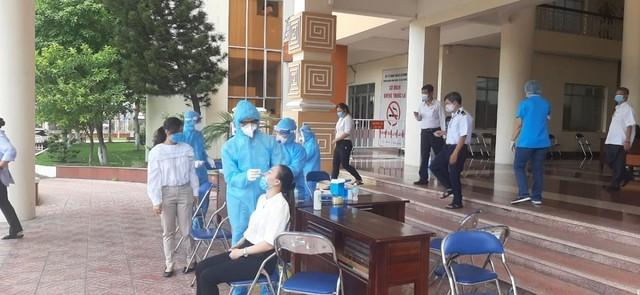 Diễn biến dịch Covid-19: Trưa 16/5: Việt Nam ghi nhận thêm 6 ca dương tính mới với Covid-19 trong nước ảnh 15