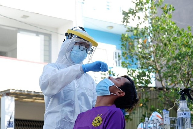 [Diễn biến dịch Covid-19] Tối 25/6: Việt Nam ghi nhận thêm 94 ca dương tính mới với Covid-19 ở trong nước ảnh 36