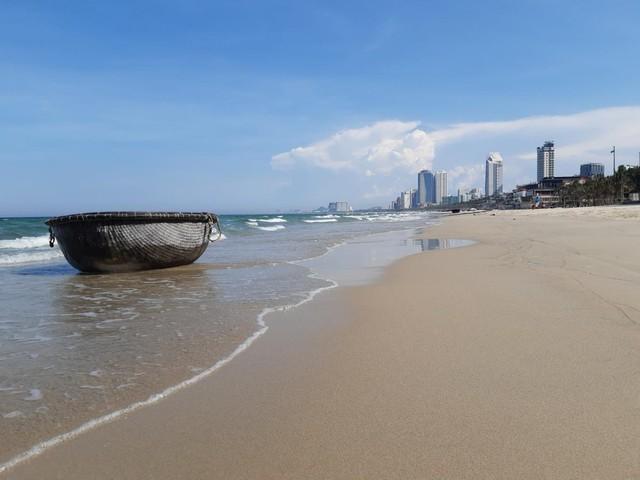 Đà Nẵng dừng hoạt động tắm biển, nhà hàng từ 12 giờ 20/6 ảnh 1
