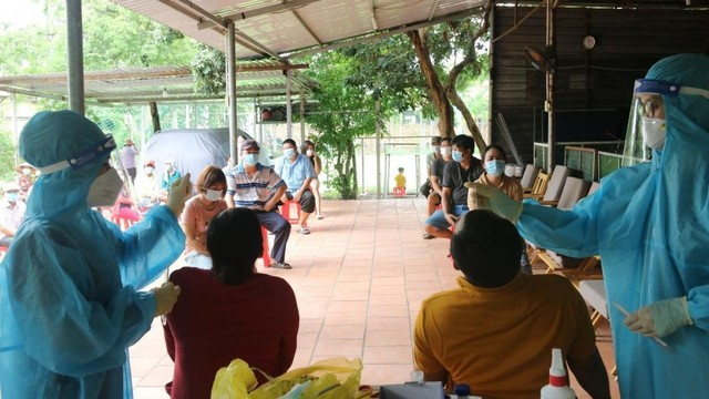 [Diễn biến dịch Covid-19] Sáng 22/7: Việt Nam ghi nhận thêm 2.965 ca dương tính mới với Covid-19 ở trong nước ảnh 26