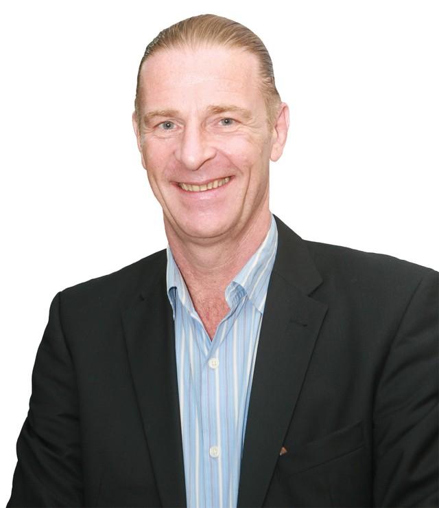 Chủ tịch Dragon Capital, ông Dominic Scriven: Còn nhiều điểm tựa để vượt qua thách thức ảnh 1