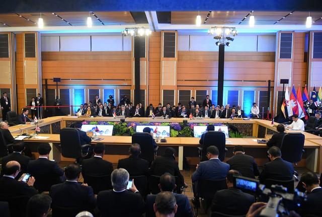 Thủ tướng dự Hội nghị cấp cao ASEAN với Hoa Kỳ, Trung Quốc, Hàn Quốc, Nhật Bản ảnh 1