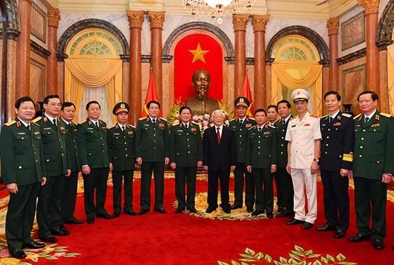Tổng Bí thư, Chủ tịch nước trao Quyết định thăng quân hàm cho 2 tướng lĩnh quân đội ảnh 1