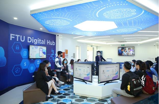 FTU - MB Digital Hub góp phần mở ra trải nghiệm số cho sinh viên Ngoại thương ảnh 2