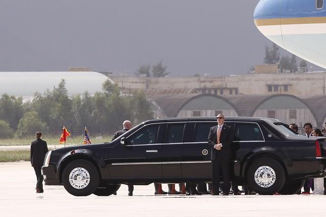 Những hình ảnh đầu tiên của Tổng thống Mỹ Donald Trump tại Việt Nam ảnh 10