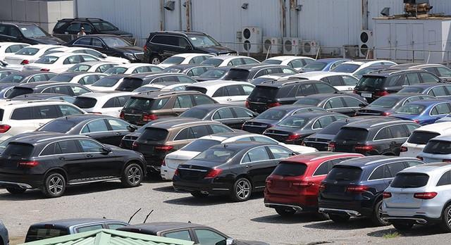 """Thị trường ô tô """"ồn ào"""" trước Nghị định 116 ảnh 1"""