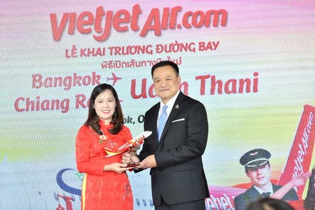 Vietjet khai trương 2 đường bay mới trong khuôn khổ Hội nghị cấp cao ASEAN ảnh 5