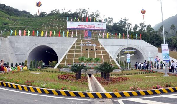 Hướng nào cho tuyến cao tốc Bắc - Nam qua Bình Định? ảnh 1