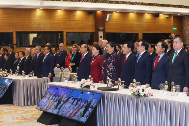 Thủ tướng: COVID-19 là phép thử để ASEAN khẳng định bản lĩnh ảnh 1