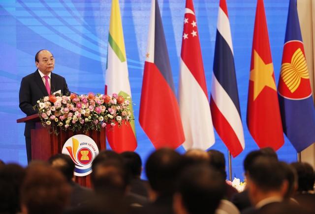 Thủ tướng: COVID-19 là phép thử để ASEAN khẳng định bản lĩnh ảnh 2