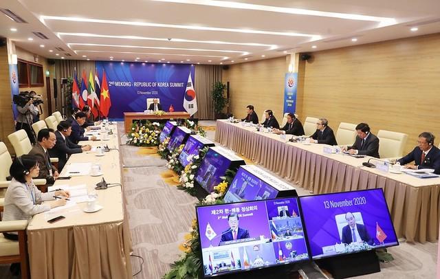 Hội nghị Cấp cao ASEAN 37: Thắt chặt quan hệ với các đối tác ảnh 10