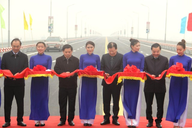 Đầu tư tuần qua: Thông xe cầu Thăng Long; Khởi công cao tốc Mỹ Thuận - Cần Thơ vốn gần 5.000 tỷ đồng ảnh 10