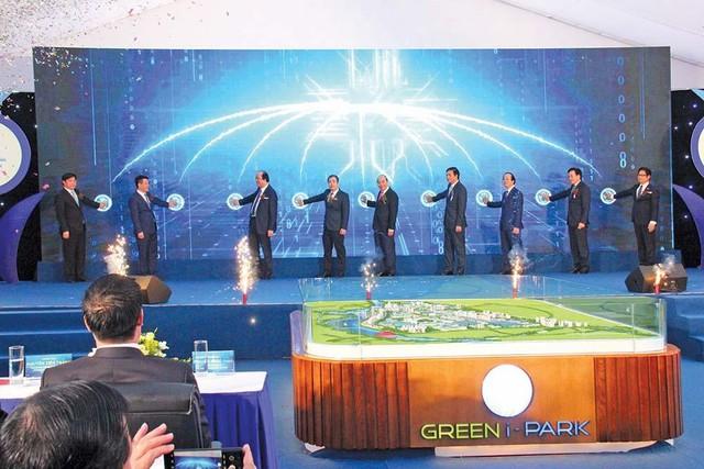 Đầu tư tuần qua: Gần 5,5 tỷ USD vốn FDI vào Việt Nam; Hải Phòng sẽ xây 100 cây cầu mới ảnh 17