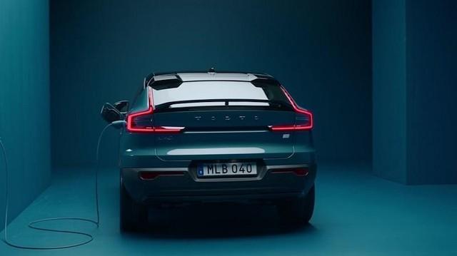 Xe điện của Volvo chỉ bán hàng trực tuyến ảnh 1