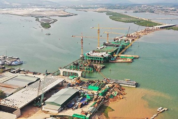 Đầu tư tuần qua: Quảng Ninh sắp hoàn thành cây cầu 2.100 tỷ đồng, Nghệ An hút đầu tư 6.000 tỷ đồng ảnh 4