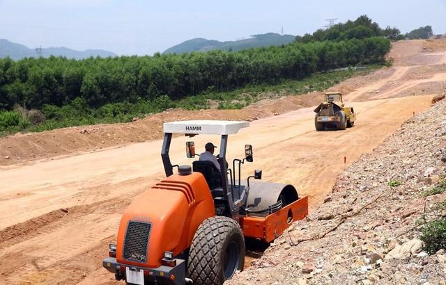 Đầu tư tuần qua: 711 dự án, vốn hơn 148.000 tỷ đồng; 614 tỷ đồng xây đường kết nối bến cảng Lạch Huyện ảnh 3