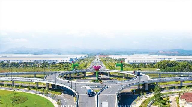 Đầu tư tuần qua: Gói thầu Nhà máy Nhiệt điện hơn 30.236 tỷ đồng và Dự án cao tốc 1.114 tỷ đồng ảnh 1