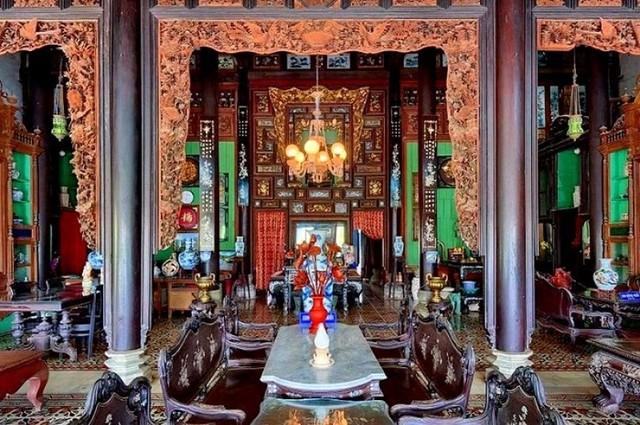 Vẻ quyến rũ của ngôi nhà cổ đẹp nhất xứ Tây Đô ảnh 10