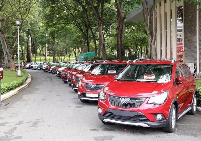 """Giãn cách và tháng Ngâu khiến doanh số bán ô tô sụt giảm """"thẳng đứng"""" ảnh 2"""
