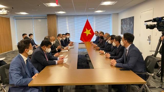 PV GAS và Công ty Đầu tư AES ký kết Thỏa thuận liên doanh thành lập và vận hành Công ty TNHH Kho cảng LNG Sơn Mỹ ảnh 1