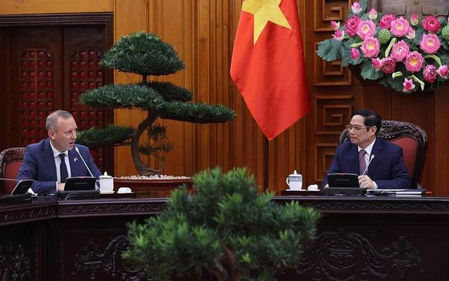 Anh muốn hợp tác với Việt Nam trong lĩnh vực năng lượng sạch, tiếp cận tài chính xanh ảnh 1