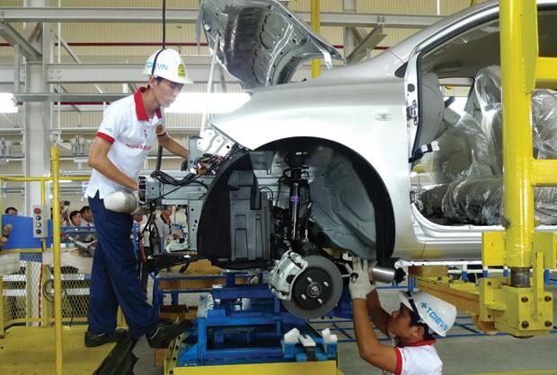 Tạm khoanh hàng trăm tỷ đồng nợ thuế của Nissan ảnh 1