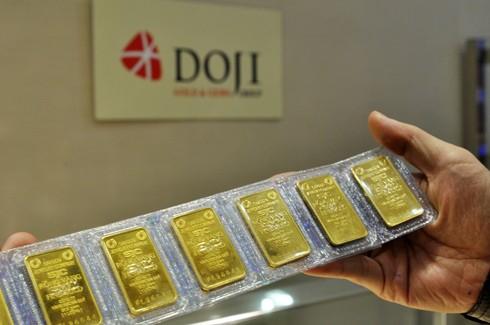 Nhiều ràng buộc mua bán vàng với Ngân hàng Nhà nước ảnh 1