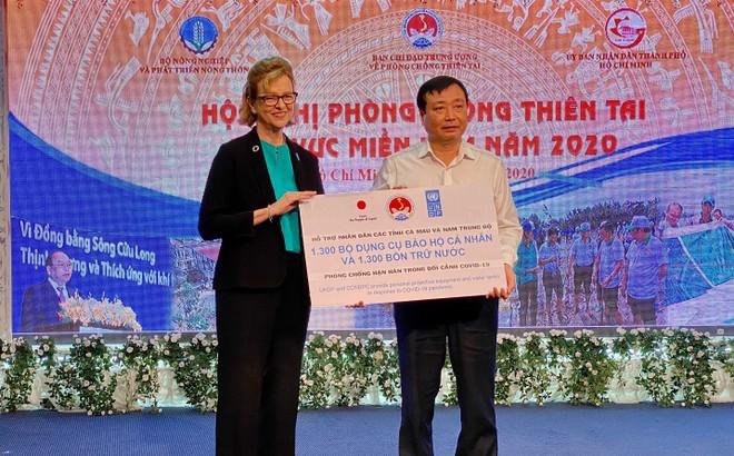 Nhật Bản và UNDP hỗ trợ nhiều hộ nghèo Việt Nam chống dịch Covid-19