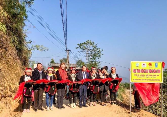 UNDP hỗ trợ đồng bào dân tộc thiểu số Hà Giang bị ảnh hưởng bởi Covid-19