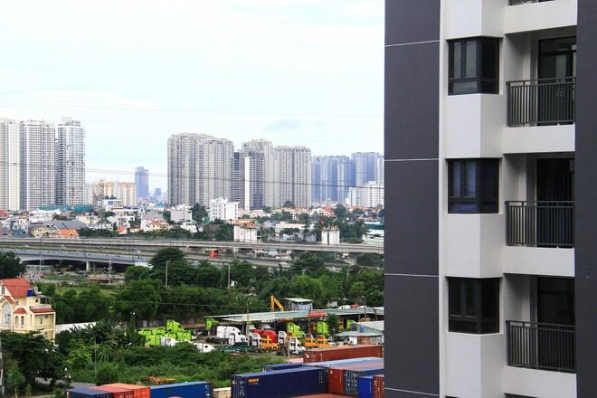 Thị trường căn hộ TP.HCM: Nguồn cung cải thiện, giá bán vẫn tăng khủng