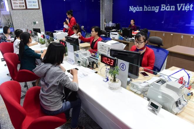 Ngân hàng Bản Việt tăng hơn 7.000 phần quà cho khách gửi tiết kiệm