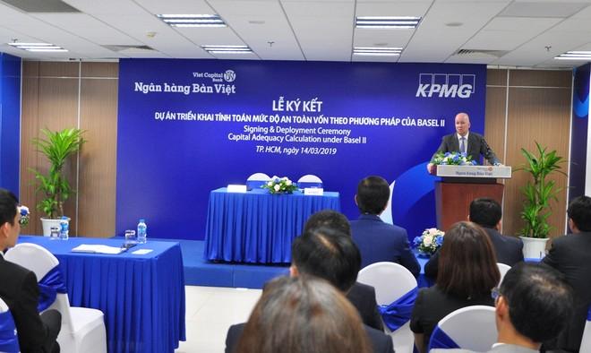 Ngân hàng Bản Việt ký hợp tác KPMG triển khai tính toán mức độ an toàn vốn theo phương pháp Bael II