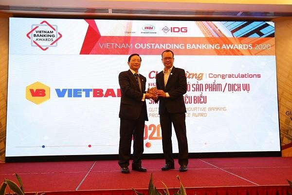 Vietbank nhận giải ngân hàng có sản phẩm, dịch vụ sáng tạo tiêu biểu 2020