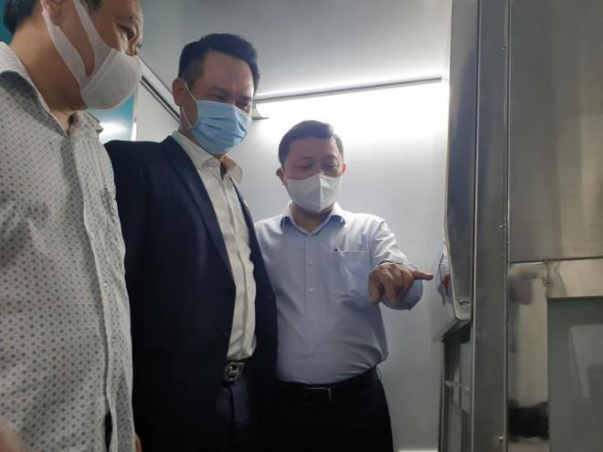 Hội Doanh nhân trẻ Việt Nam phối hợp TTC và DHA healthcare bàn giao xe khám, lấy mẫu xét nghiệm Covid-19 lưu động