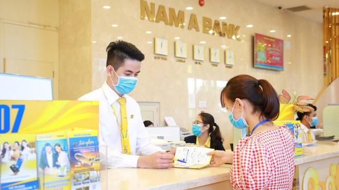Nam A Bank dành 6 tỷ đồng hỗ trợ cán bộ nhân viên tiêm vắc xin phòng Covid-19