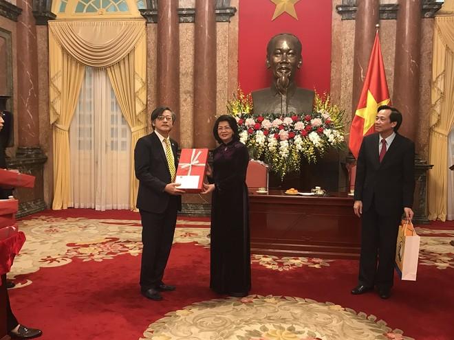 Phó Tổng giám đốc Tổng Công ty Bảo Việt Nhân Thọ - Ông Nguyễn Thành Quang trong buổi gặp mặt với Phó Chủ tịch nước Đặng Thị Ngọc Thịnh tại Phủ Chủ Tịch.