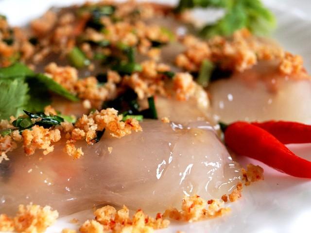 Khám phá thế giới đồ ăn vặt bên bến Ninh Kiều ảnh 5
