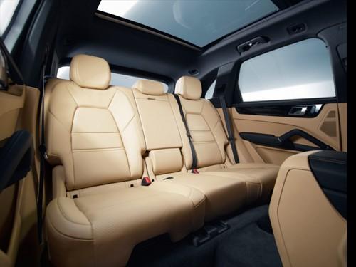 Porsche Cayenne thế hệ mới - quý tộc và thể thao ảnh 7