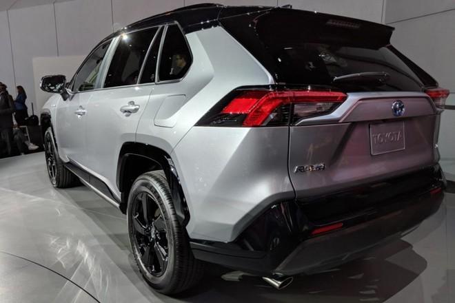 Toyota RAV4 2019 giá từ 37.000 USD tại châu Âu ảnh 1