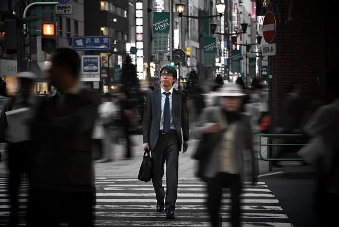 Người Nhật Bản đã ngán ngẩm văn hóa làm việc từ sáng đến đêm ảnh 1