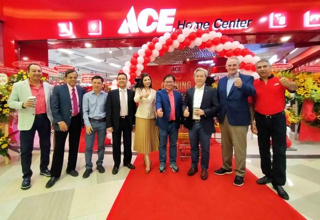 Tập đoàn gia dụng 95 năm tuổi của Mỹ mở cửa hàng đầu tiên tại Việt Nam ảnh 1
