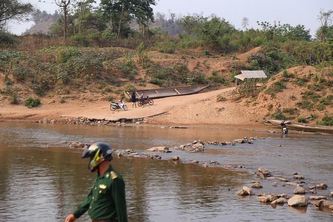 Nhiều người nhập cảnh trái phép từ Lào về Việt Nam ảnh 1