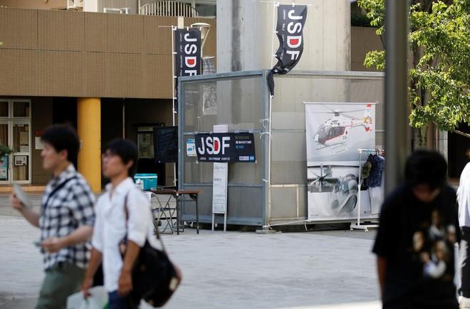 Dân số già hoá, quân đội Nhật tính đến chuyện dùng robot ảnh 1