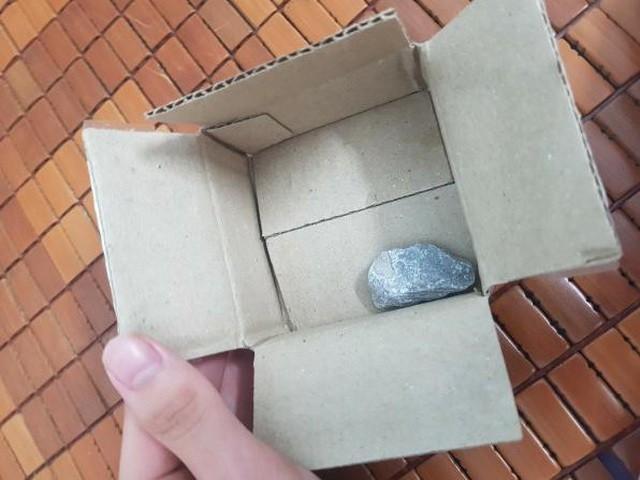 Người dùng nhận được viên đá khi săn sale ngày 9/9. Ảnh: Vân Đào.
