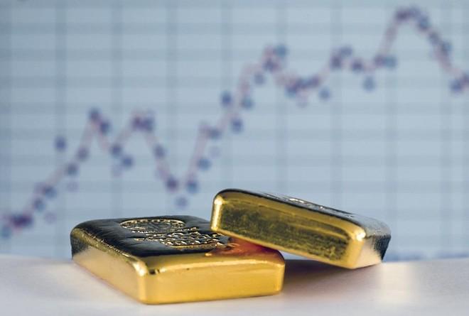 Giá vàng hôm nay ngày 12/5: Giá vàng lao dốc